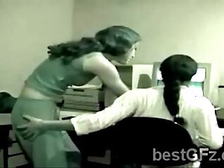 Amateur brunette agrees to fuck in the office