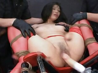 Armpit pegging and squirt on the guy