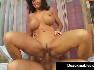 Crossdressing Cougar with Squirting Pussy