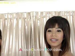 Camgirl from Thailand threesome