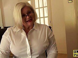 Chubby british hot ebony bondage submissive on knees