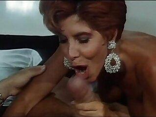 italian woman sucking hard cock