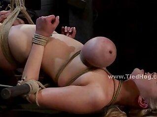 Brunette Giant Breasts Blonde Sex slave façada brinais