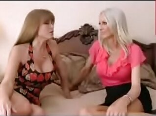 Bigtit mature mother to young stepson