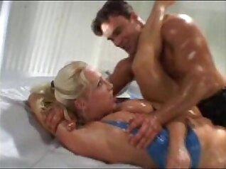 Oiled Girlfriend in latex
