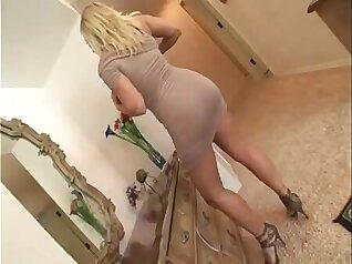 Funny mom Devon Lee getting her wet pussy massage