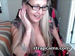 Beautiful blonde granny webcam bj comp